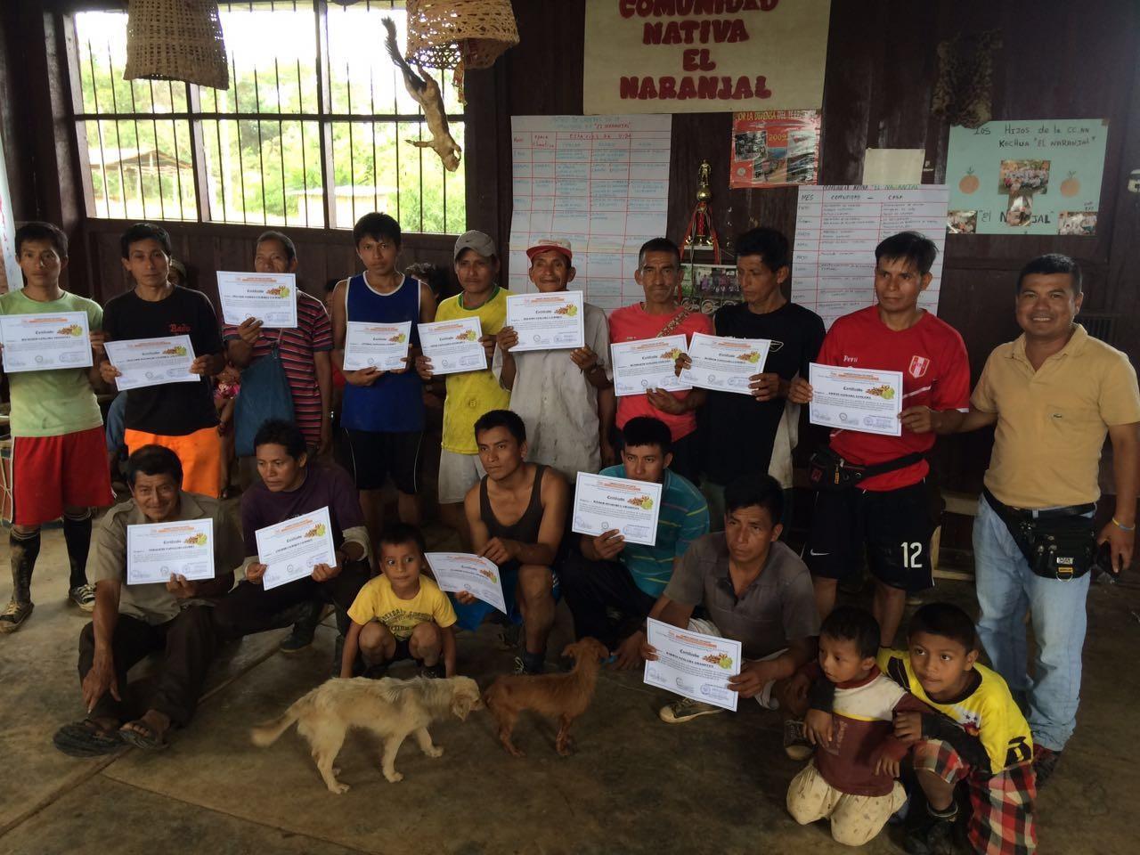 Agricultores de la Comunidad Nativa El Naranjal se graduaron en escuela de campo de Sacha Inchi Com