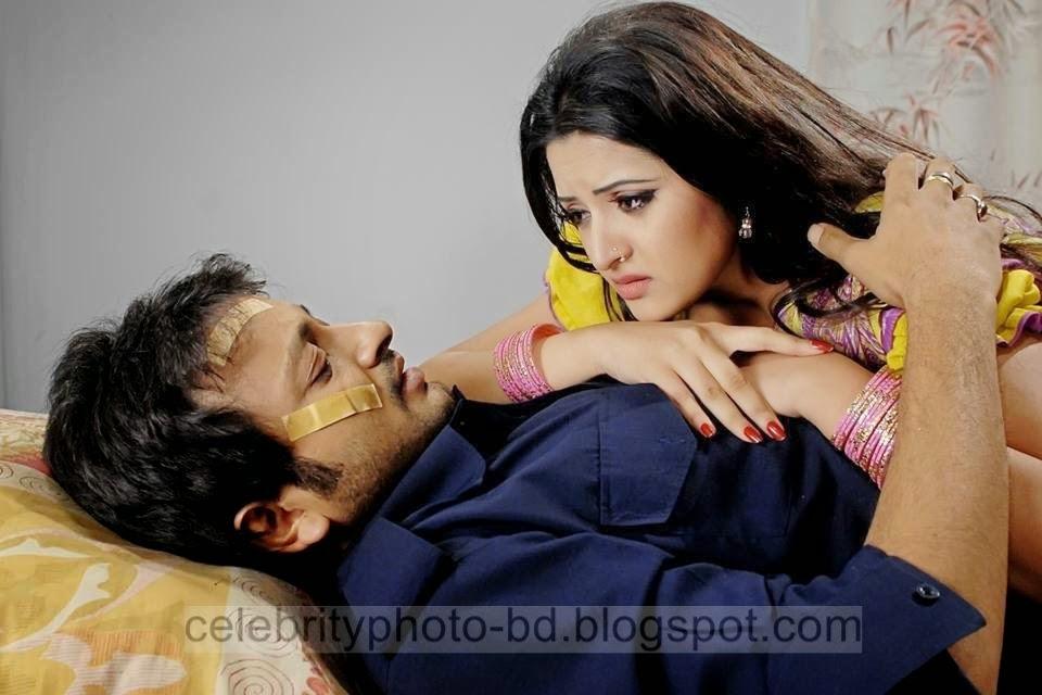Top+New+Bangladeshi+Model+and+Actress+Pori+Moni's+Latest+Photos+and+Wallpapers011
