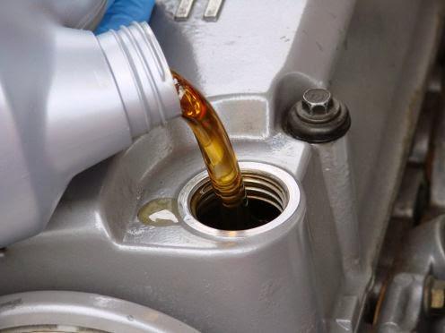 Ways Against Oil Leaks in Car
