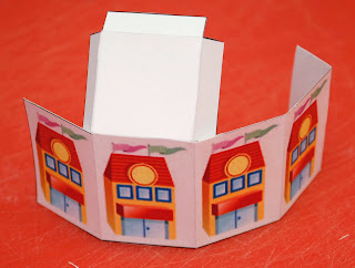 Folding the printable building