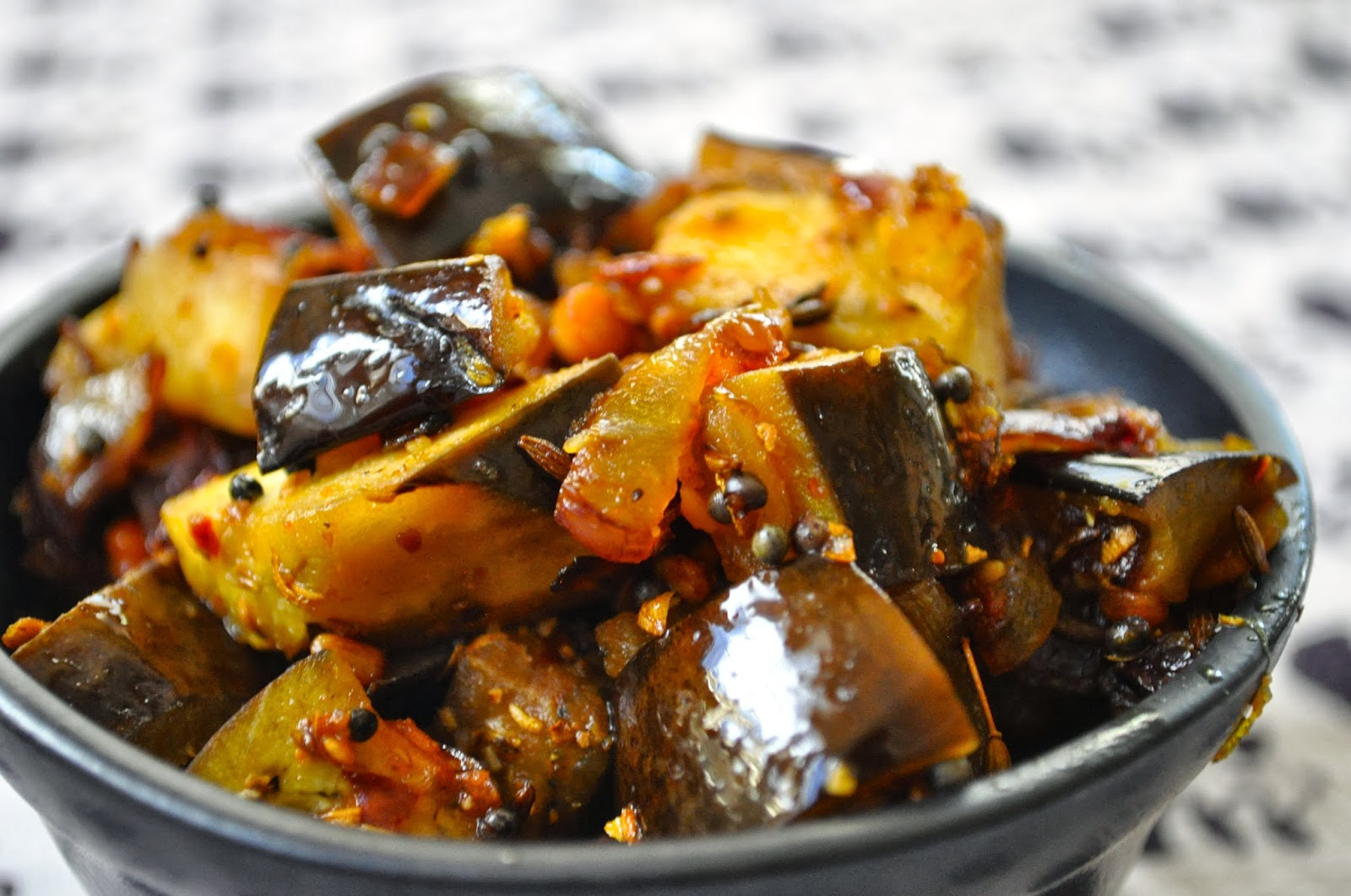 how to make brinjal curry sri lankan style