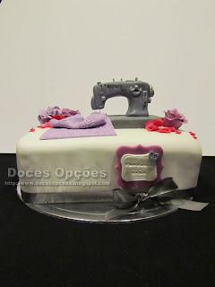 Bolo de aniversário da costureira bragança