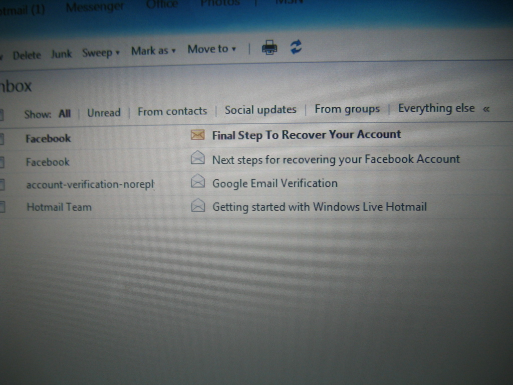 how to get a new password for my hotmail account
