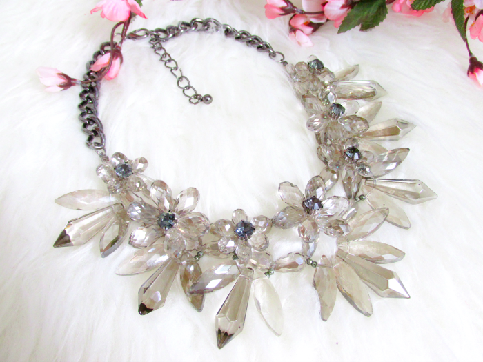 Review & details Jane Stone - Chunky Crystal Statement Necklace