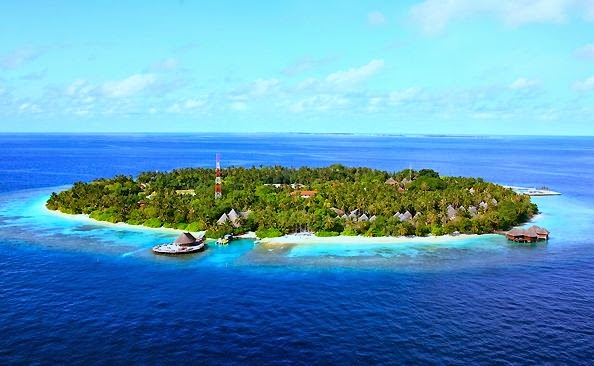 Bandos Island Resort & Spa £1,435.00 Flights & Hotel