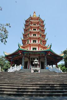 vihara buddhagaya watugong semarang, wisata semarang, wisata jawa tengah