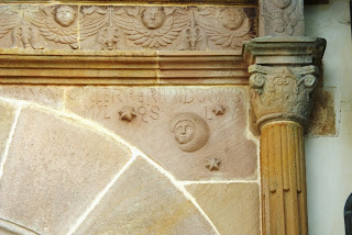 Villaviciosa, Sietes, iglesia de San Emeterio, detalle