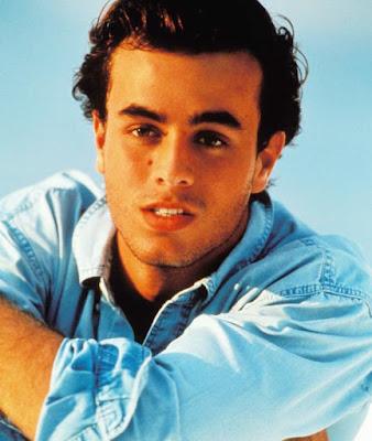 Enrique Iglesias mas joven