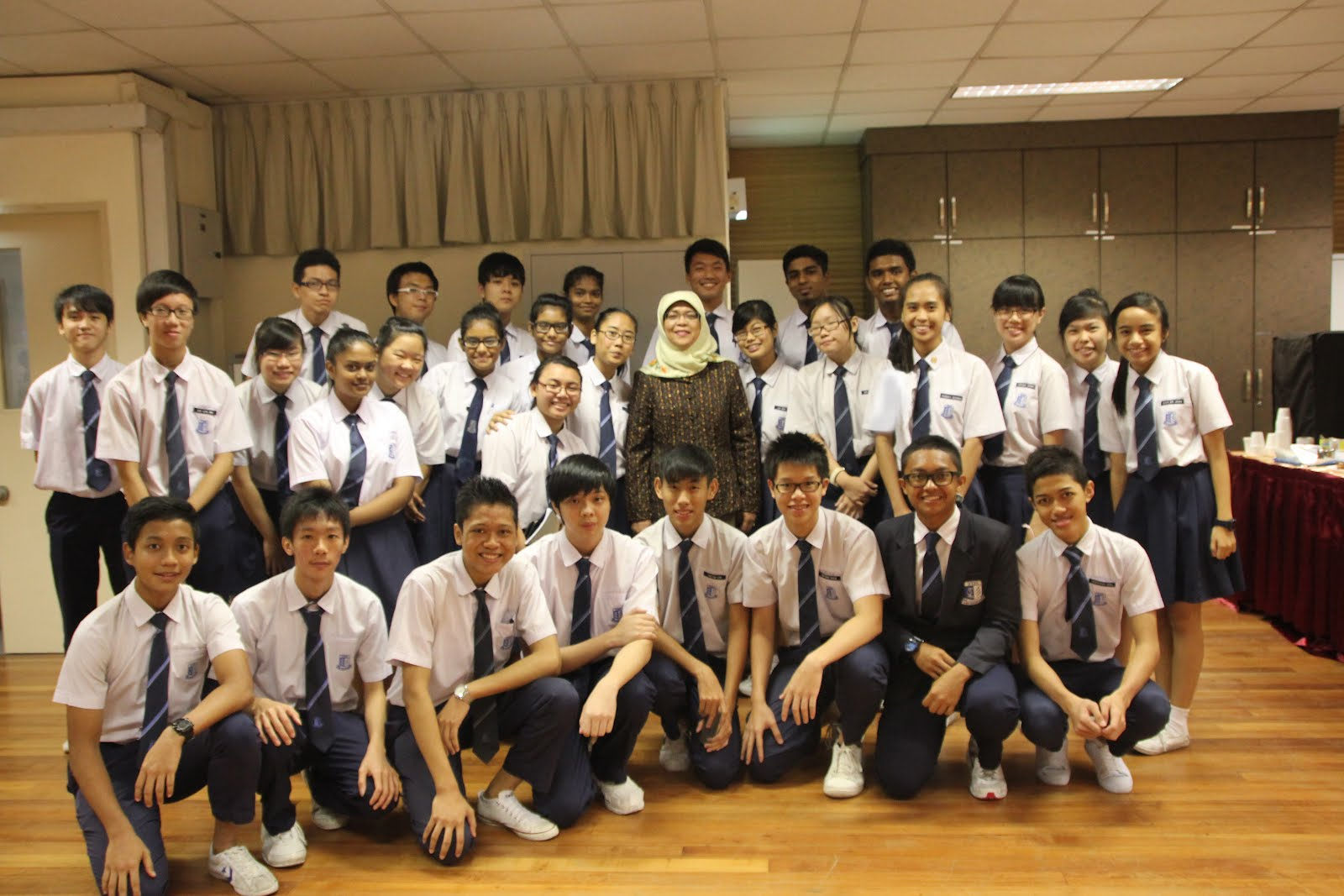 Mdm Halimah Attended The Student Conference And Shared With The Students At Yusok Ishak Secondary School On  July Friday The Theme For The Forum Is