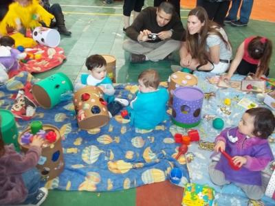 M s de 300 chicos en las jornadas de los jardines de for Actividades para jardin maternal