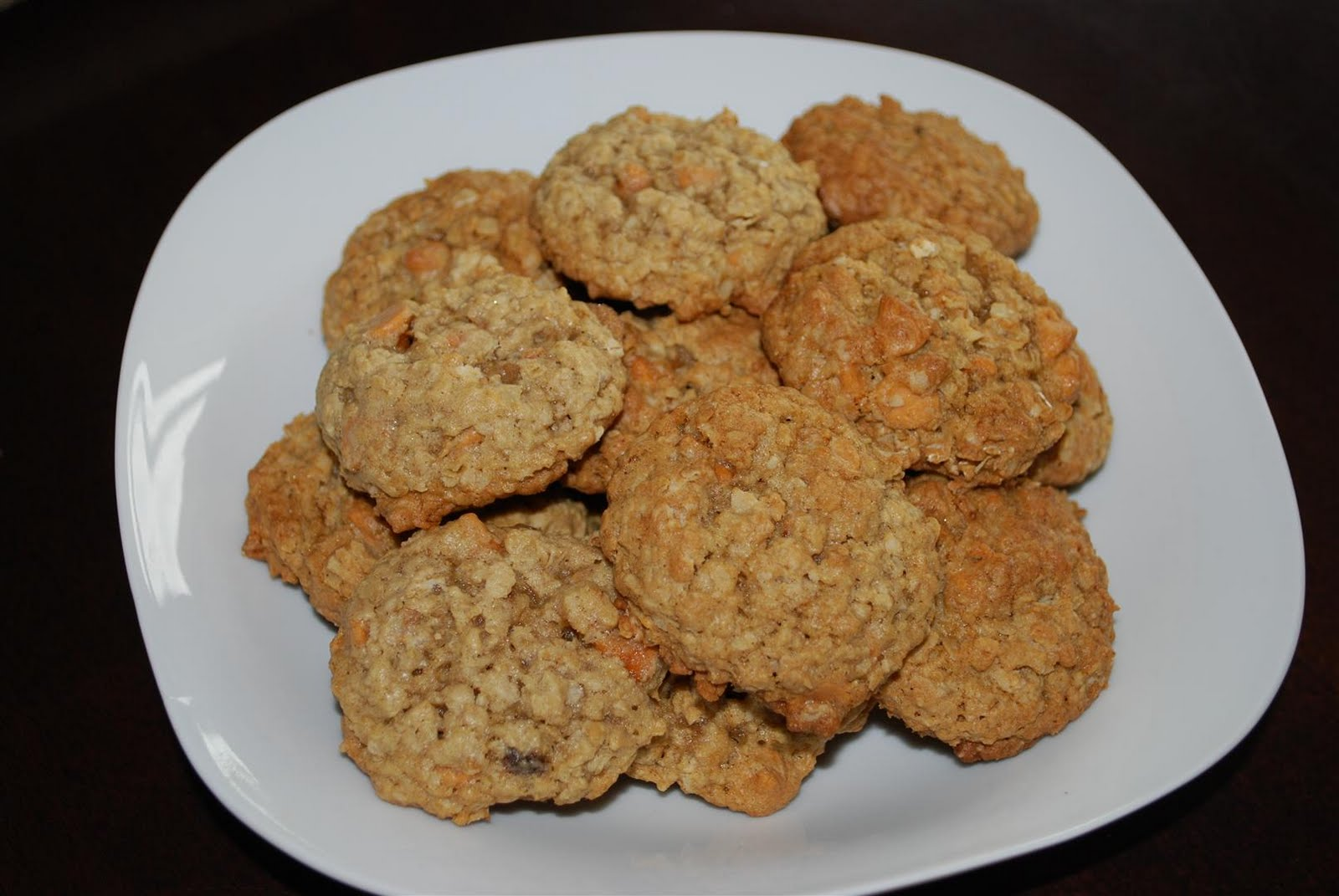 craftyc0rn3r: Oatmeal Butterscotch Cookies