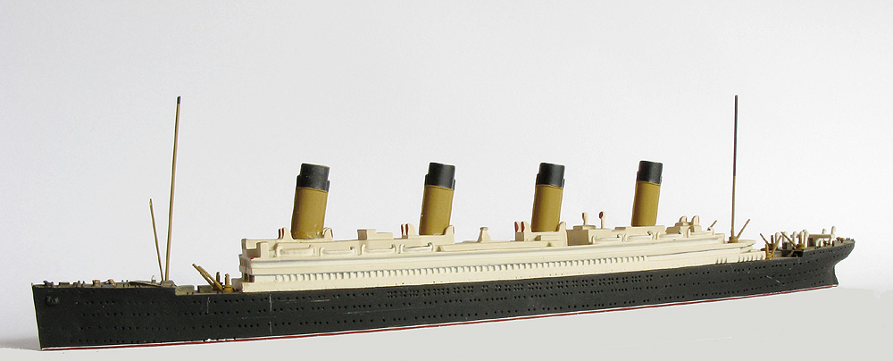 wer hat die titanic gebaut
