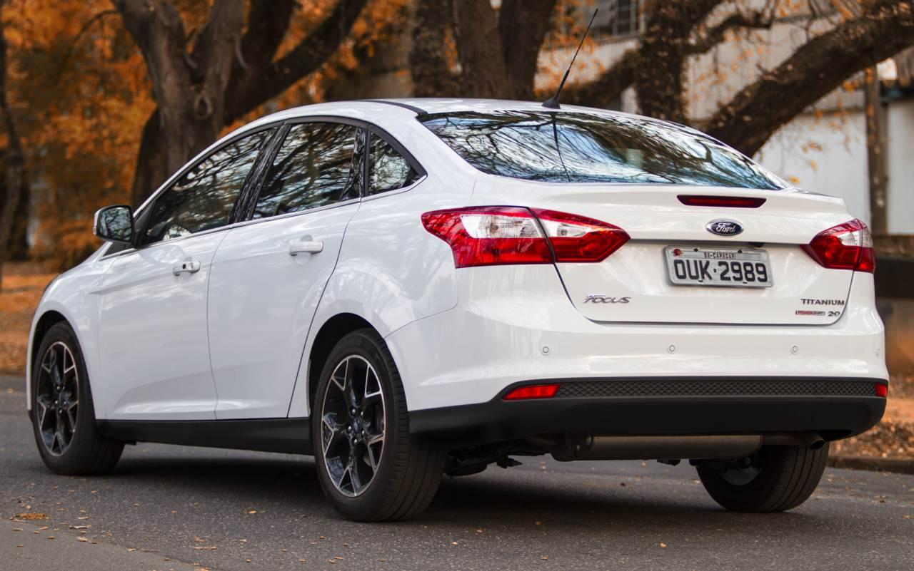 Novo Ford Focus 2018 >> Ford Focus Sedan 2014: detalhes do motor 2.0 flex | CAR.BLOG.BR
