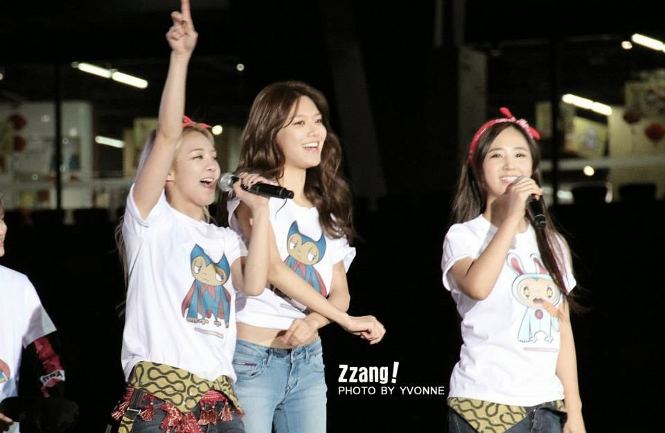 snsd overload 2013 smtown live world tour iii in beijing