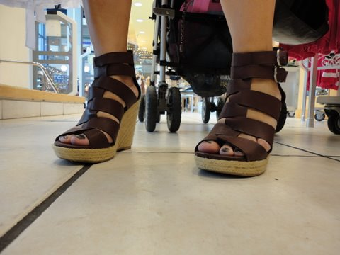 6cd6d8731d6c They are  29.99 but if you buy them at the store the are on sale for  19.99  until this Sunday (4 10 11). Cute spring summer shoe for a great price!