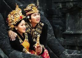http://www.fenomania.com/2012/05/inilah-akibat-perkawinan-sedarah.html
