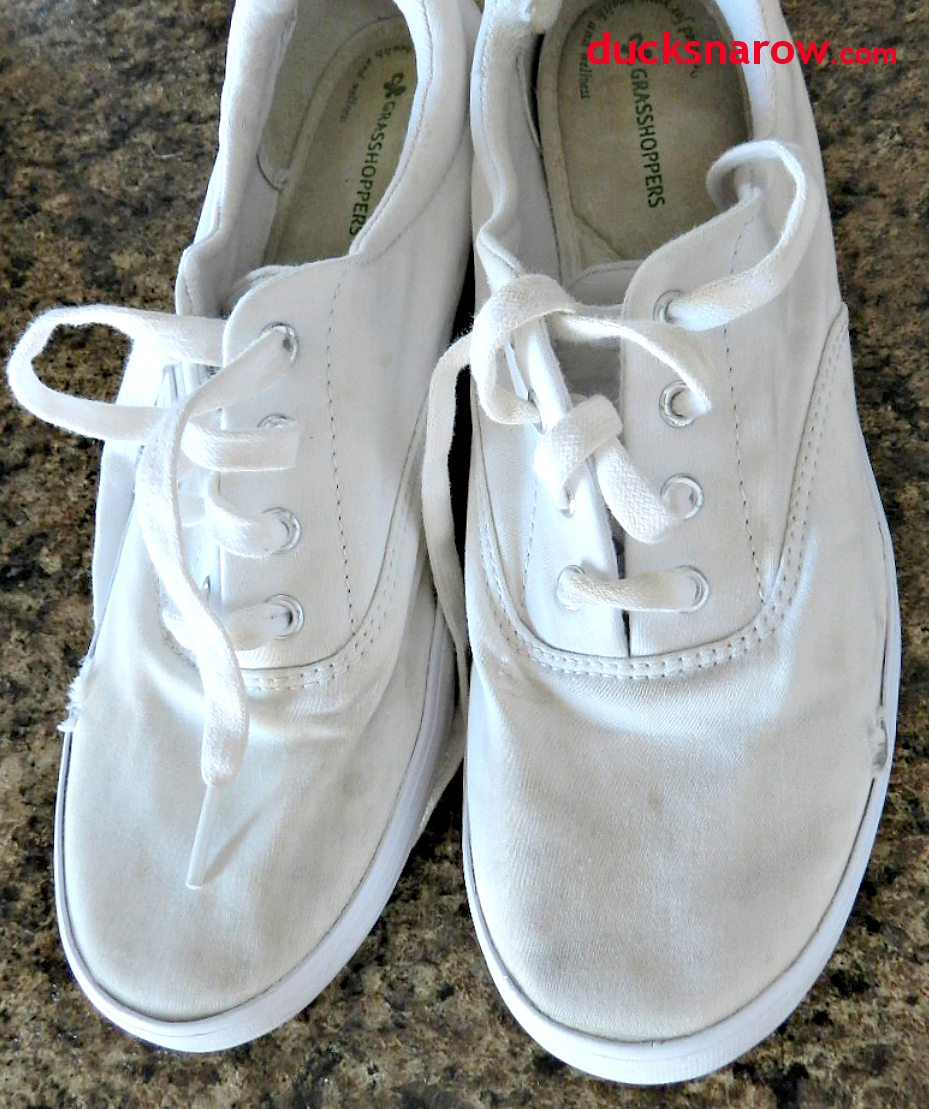 ducks n a row how to clean white canvas sneakers