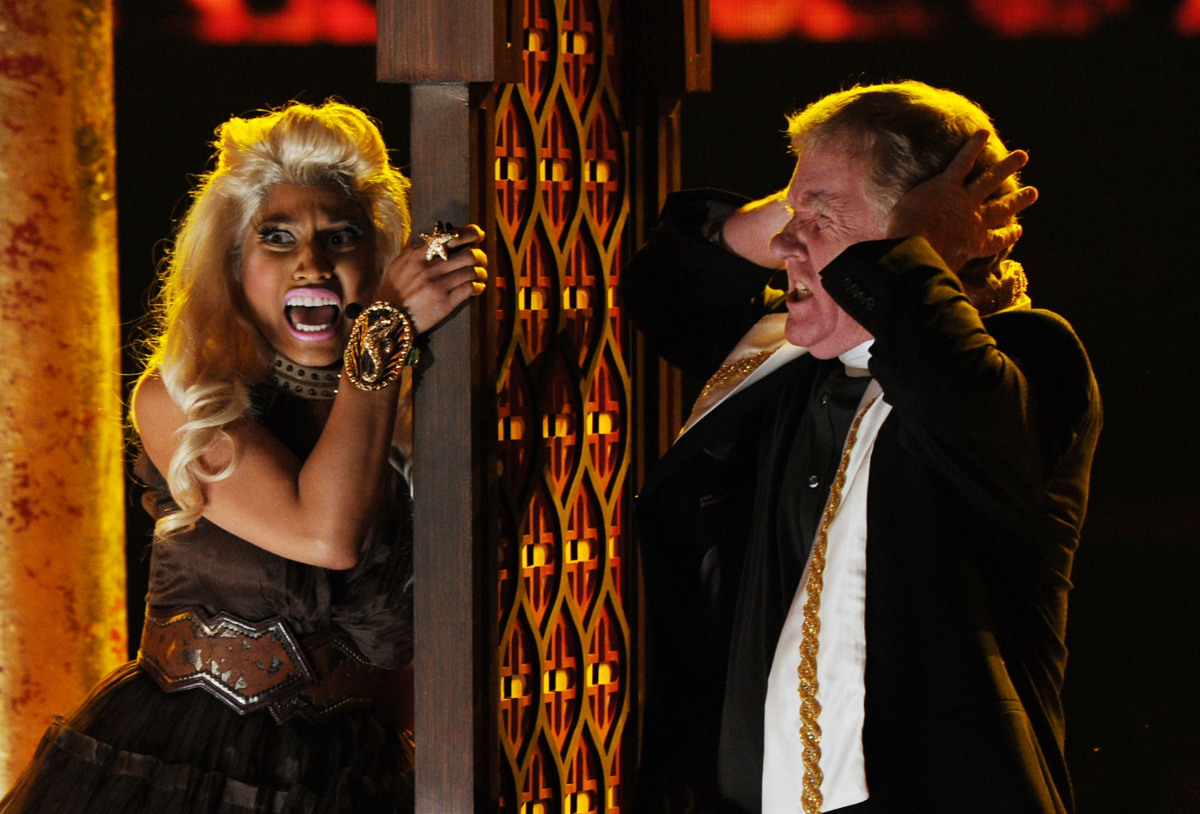 http://2.bp.blogspot.com/-Vlonm0da3tQ/TzlzR1a-j2I/AAAAAAAADaI/REZqKKrFCG4/s1600/Nicki+Minaj.jpg