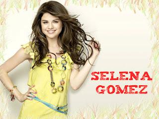 Selena Gomez in Yellow Wallpaper