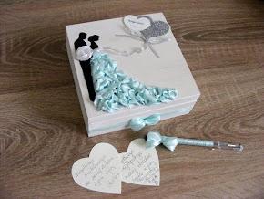 Ślubne księgi gości