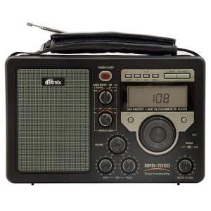 Переносной всеволновый цифровой радиоприемник Ritmix RPR-7050 для дома, офиса и дачи