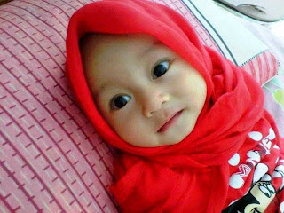 Gambar bayi muslim cewek pakai jilbab cantik