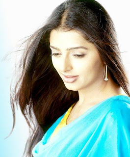 Bhumika Chawla sexy and pc and mobile wallpapers and naked