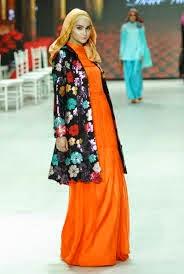 Contoh gambar model baju kebaya untuk pesta muslim