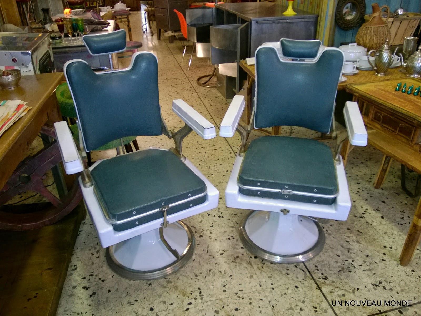 l 39 atelier de philippe paire de fauteuils de barbier coiffeur. Black Bedroom Furniture Sets. Home Design Ideas
