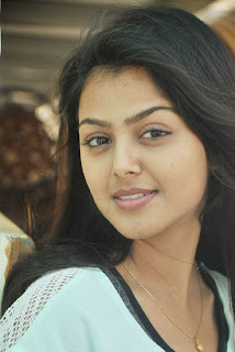 Telugu Film Actress Monal Picture Gallery in Jeans   0007.jpg