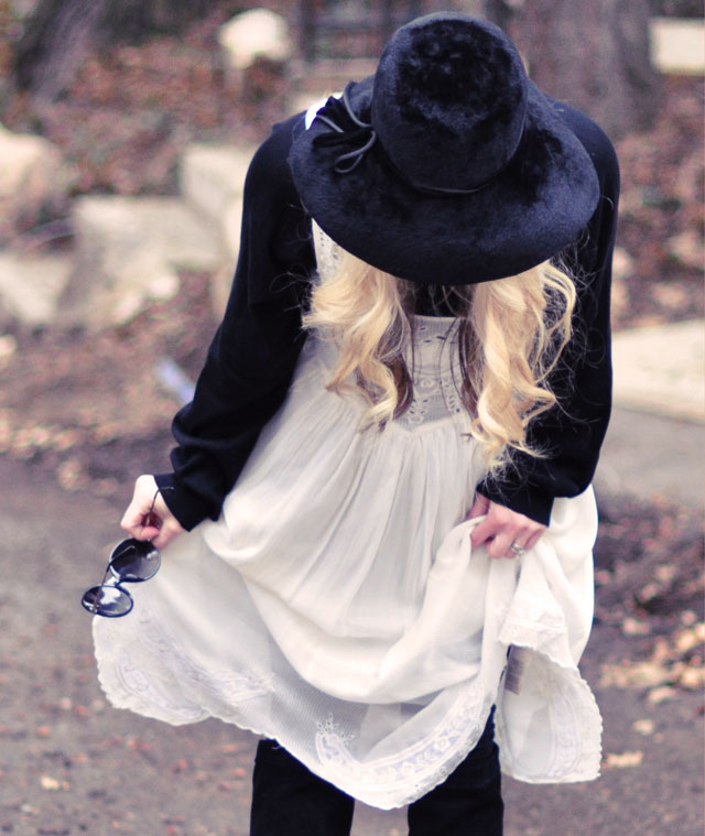 retro 70's romantic bohemian look, stevie nicks style