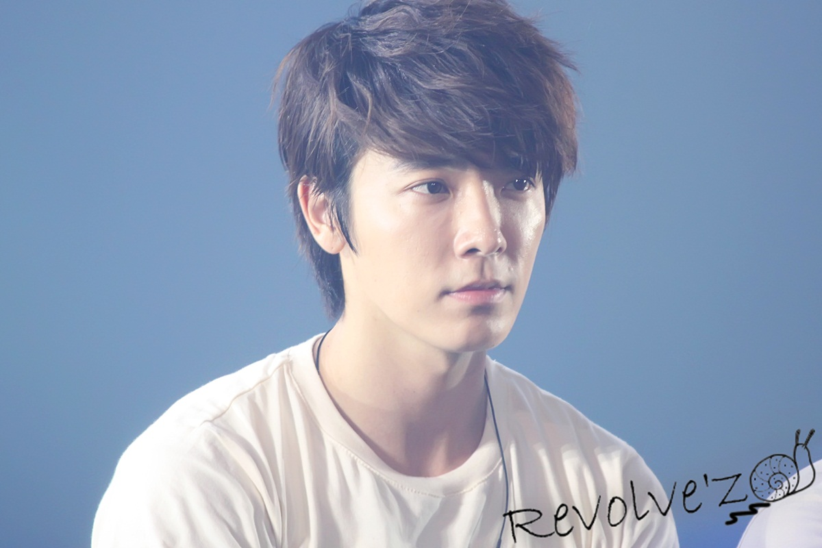 SO KYUHYUN: [Donghae] Cute Faces of Donghae in SS4 Seoul Encore