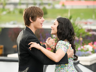 Vanessa Hudgens With Zac Efron