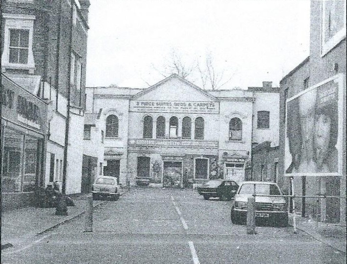 E7 now then every picturehouse tells a story for Classic house green street dublin 7