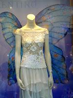 Una Invitada Nunca Lleva un Vestido Blanco