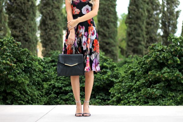 Dark florals, maggy london, michael kors, fall, spring, blogger simply sutter