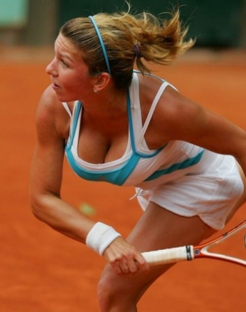 Simona Halep Had Her Boobs Wiped Out If You Ask Me It S Like Slapping