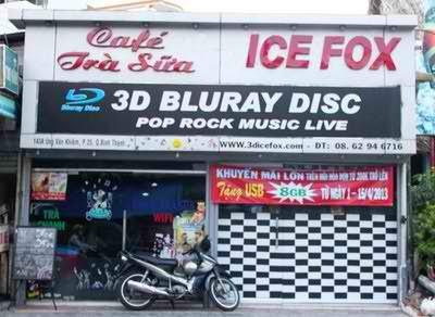 Xem phim 3D hấp dẫn tại Trà Sữa Ice Fox, phim 3D, quan tra sua, tra sua 3d, tra sua ngon, tra sua tran chau, phim 3d blue-ray, thuc uong ngon, diem an uong ngon, quan binh dan