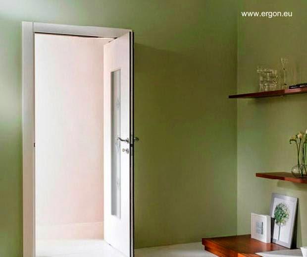 Puerta con mecanismo ERGON Living abierta