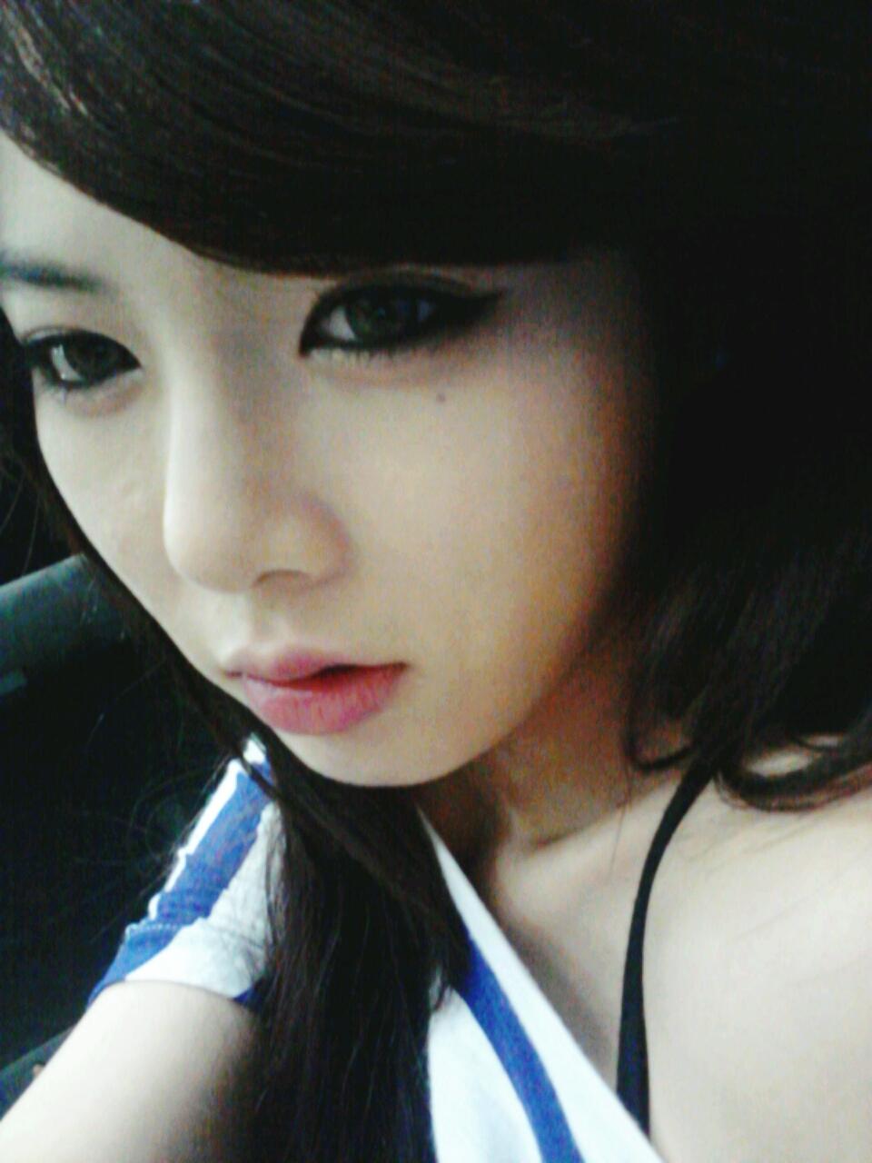 http://2.bp.blogspot.com/-VnaUfIkmcAc/T87TUSlFHgI/AAAAAAAACEA/lEcCIRtd1W4/s1600/Hyuna.jpg