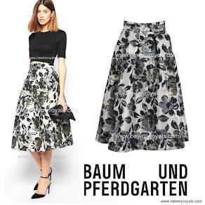Princess Victoria Style Baum und Pferdgarten Sashenka Skirt