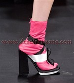 contoh sepatu wanita