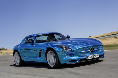Mercedes-Benz SLS AMG Coupe Electric Drive in Paris 2012