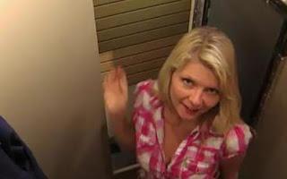 Στενές επαφές στα… δοκιμαστήρια (video)