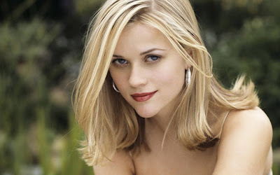 Reese Witherspoon Cute Wallpaper