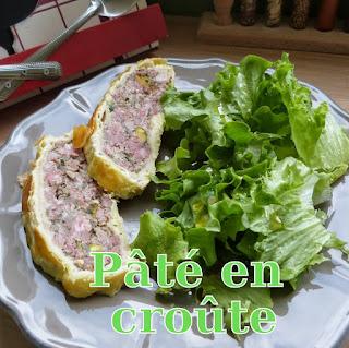 http://www.danslacuisinedhilary.blogspot.fr/2015/04/pate-en-croute-ma-facon-my-own-meat-pie.html