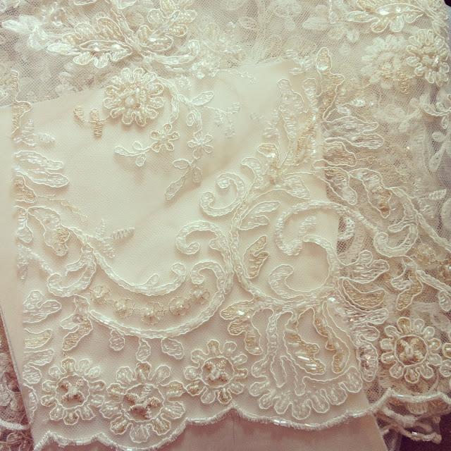 Wedding Dress Fabric: BooBoo Kitty Couture: Hayley's Wedding Dress