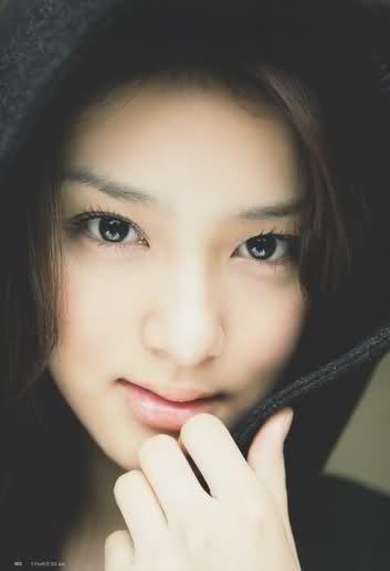 Pretty - Emi Takei