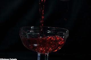 Fotografia alta velocidade com Flash de liquido vermelho