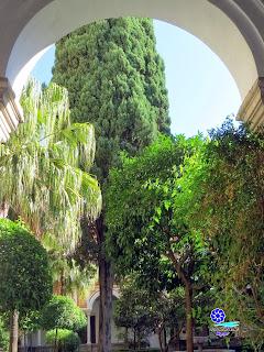Sevilla - Patio del Claustro del Museo de Bellas Artes